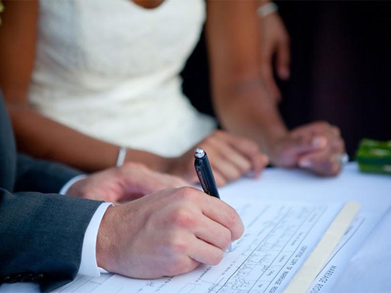Брачный контракт: когда заключается и для чего?