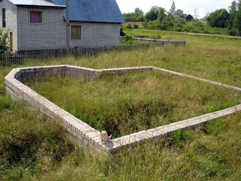 Россияне смогут узаконить самовольно занятые земельные участки