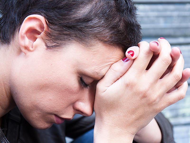 Как лишить родительских прав хронического алкоголика или наркомана?