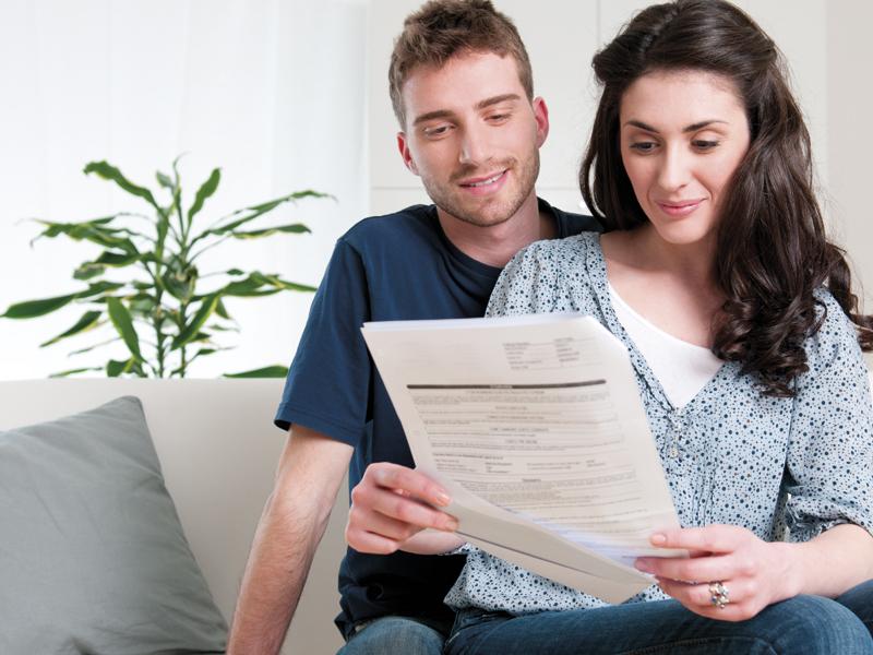 Как переоформить квартиру с мужа на жену?